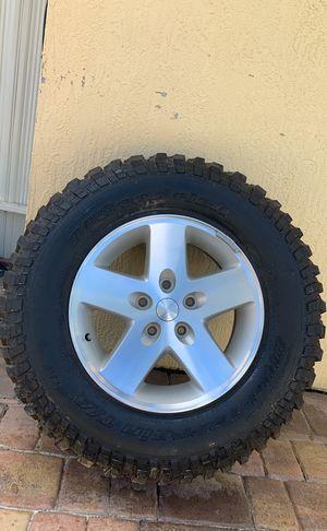 Jeep Mud-Terrain BFGoodRich Tire for Sale in Hialeah, FL
