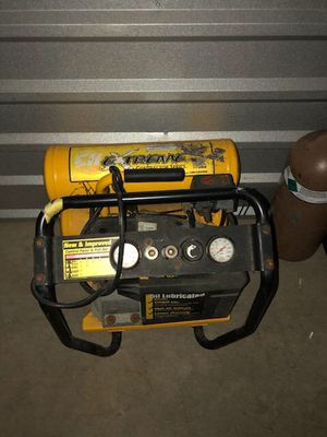 4 gl air compressor for Sale in Rockville, MD