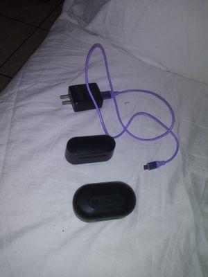 Pair of Earphones for Sale in Alafaya, FL