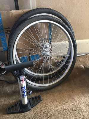 "A set of beach cruiser 26"" wheels and brand new bike smart pump for Sale in San Diego, CA"