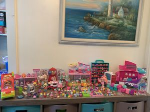 Shopkins Playsets and Cutie Car Garage for Sale in Holbrook, MA