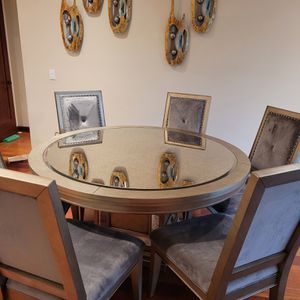 Dinning Set for Sale in Tigard, OR