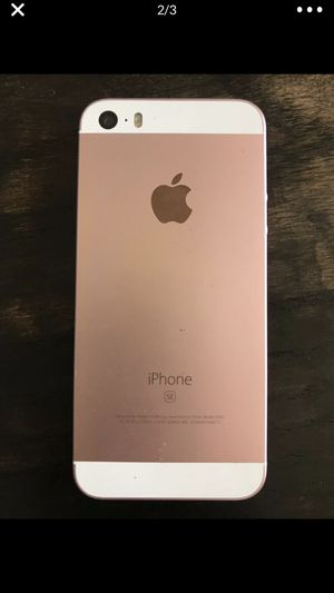 iPhone SE 64 gb in Rose Gold *unlocked* for Sale in Corona, CA
