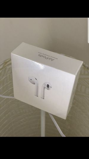 Apple airpods 2ndgeneration for Sale in Brooklyn, NY