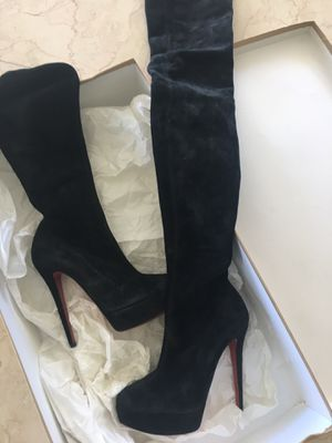 Brand new in BOX - Christian Louboutin sz 39 - suede gasolina 140 velour retail $2,650 for Sale in Miami Beach, FL