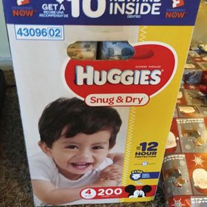 $45, Huggies Diapers Size 4 for Sale in Montebello, CA
