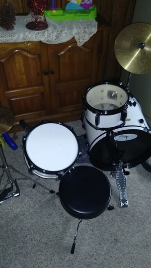 Kid drum set for Sale in Westerville, OH
