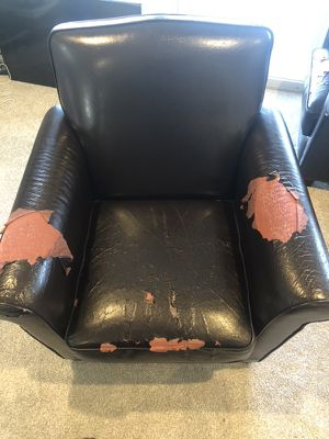 Free Chairs for Sale in Wenatchee, WA