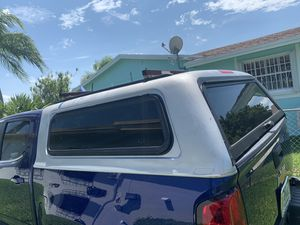 Camper 64x66 for Sale in Miami, FL