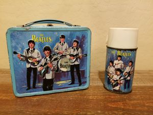 Vintage 1965 Beatles Metal Lunchbox with Glass Thermos RARE for Sale in New River, AZ