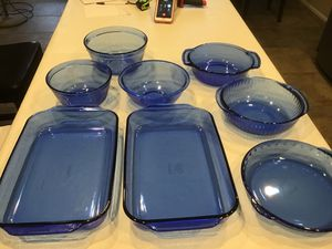 Lot of Cobolt Pyrex and Anchor Hocking 8pc for Sale in Maricopa, AZ