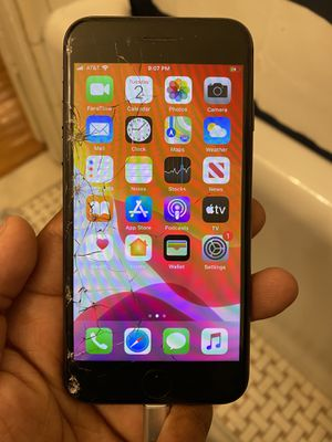 iPhone 8 (AT&T, 64 GB) for Sale in St. Louis, MO