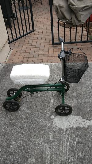 Knee scooter for orthopedic recovery for Sale in San Jose, CA