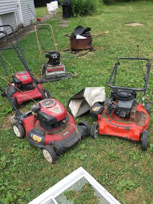 4 non working lawn mowers $25 each or $80 for all for Sale in Buffalo, NY