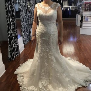 Wedding dress for Sale in Revere, MA