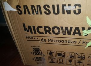 New Samsung over the range microwave for Sale in Templeton, CA