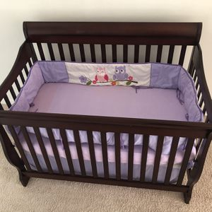 Baby Convertible Crib And Dresser Set Solid Wood Cherry for Sale in Winter Park, FL