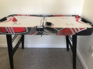 Air Hockey Table (MD Sports) for Sale in Yalesville, CT