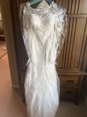 Wedding dress size small for Sale in Orange, CA