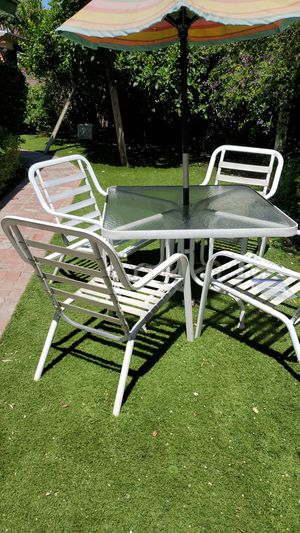 Patio set for Sale in West Covina, CA