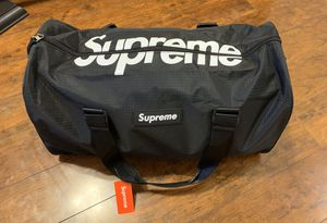 Supreme duffle bag for Sale in Albuquerque, NM