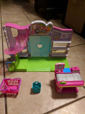 Shopkins Small Mart toy set by Moose toys for Sale in Willingboro, NJ
