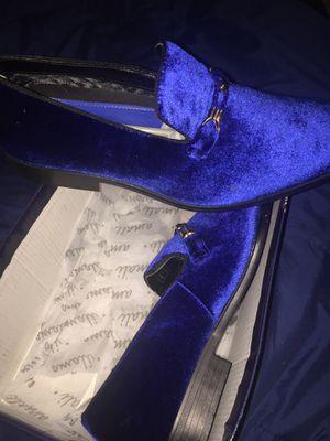 Velvet blue for Sale in Millville, NJ