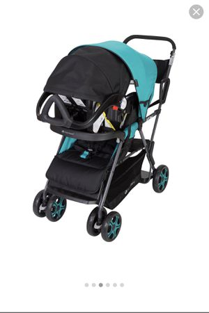 Sit and stand stroller and car seat for Sale in Chula Vista, CA