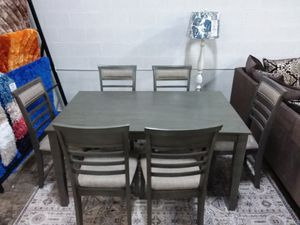 DINING TABLE AND SIX CHAIRS for Sale in McKinney, TX