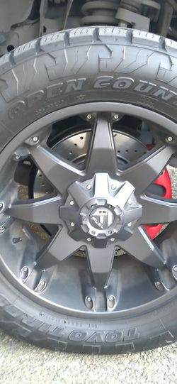 """20"""" Black Fuel Offread Rims With 4month Old Toyo Cross Country Tires for Sale in Vancouver,  WA"""