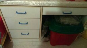 Dresser must go!!! for Sale in Brooklyn, NY