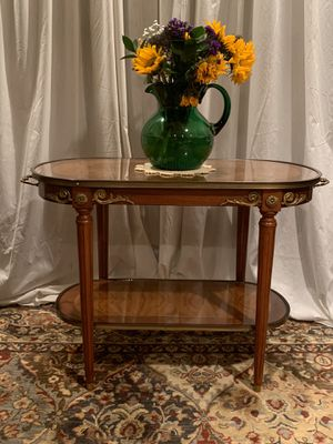 Accent Table for Sale in Pennington, NJ