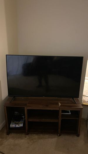 Vizio 50inchTV and TV stand for Sale in Hyattsville, MD