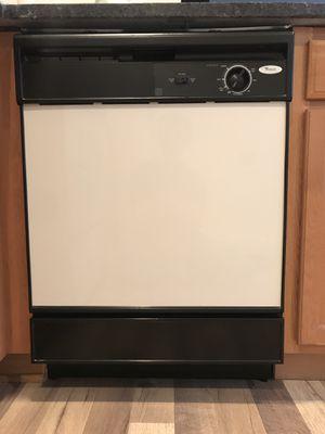 Dishwasher - Whirlpool for Sale in Orlando, FL
