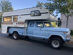 1988 lance camper for sale one owner for Sale in Seattle, WA