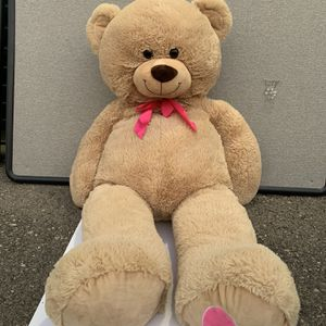 Giant Teddy Bear / Stuffed Animal / Toy / Gift for Sale in Las Vegas, NV
