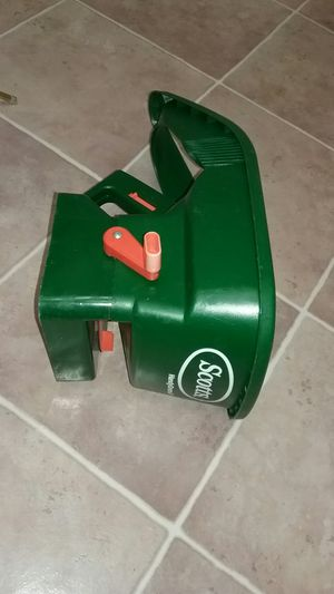 Scott's seed spreader for Sale in San Diego, CA