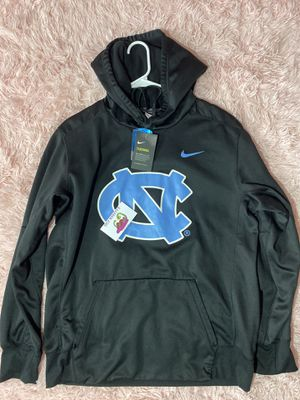Nike UNC Tarheels Therma-Fit Hoodie for Sale in Fayetteville, NC