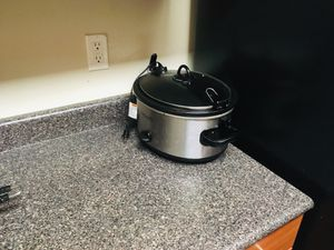 Crock pot 6 quart for Sale in Los Angeles, CA