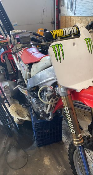 1999 CR250r Dirt Bike for Sale in Shelton, CT