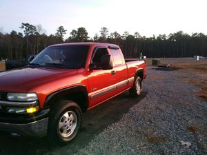 Z71 chevy very well maintained for Sale in Midlothian, VA