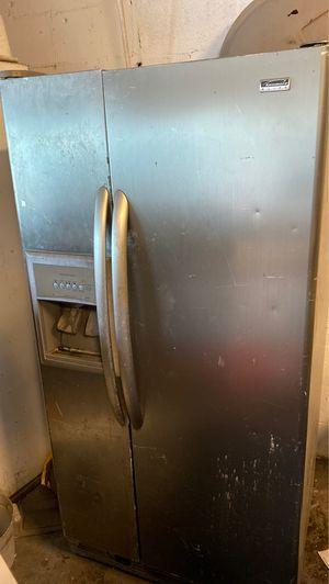 Kenmore Elite Refrigerator freezer for Sale in Fort Lauderdale, FL