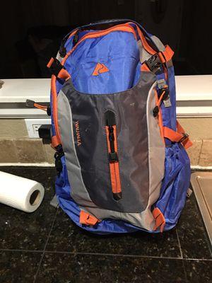 OZARK trail walhalla 26-liter backpack for Sale in Phoenix, AZ