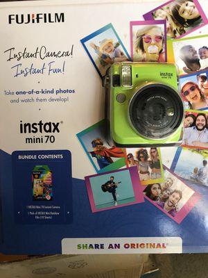 Fujifilm Instax 70 Mini BUNDLE!! for Sale in Potomac Falls, VA