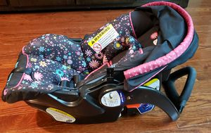 Baby Trend Hello Kitty car seat and base for Sale in Staten Island, NY