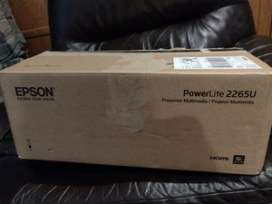 Epson PowerLite 2265u 5500 lumen WUXGA 3LCD business projector for Sale in Hayward, CA