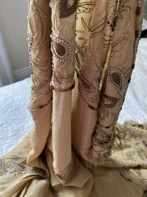 """Vintage Indian shawl, light olive green and dark olive &gold embroidery, with fringes and border embroidery all around, soft & flowy, 46"""" x 90"""" for Sale in Henderson, NV"""