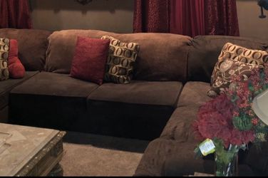 Brown 3 Piece Sectional With pillows for Sale in Pennsauken Township,  NJ