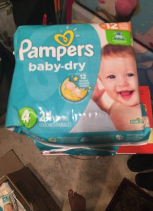 Size 4 (3 pack total diapers 72 & 1 wipes pamper take all $25 for Sale in Bellflower, CA