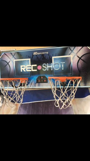Basketball game/hoops for Sale in Claremont, CA